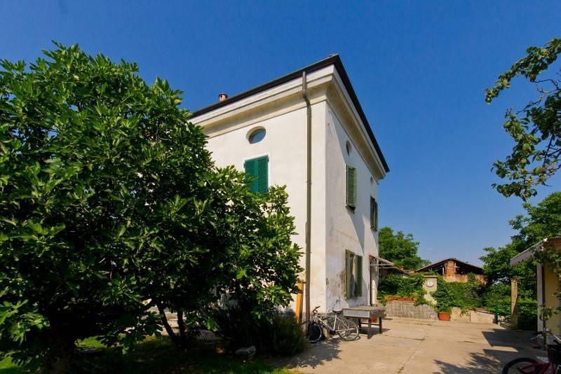villa_a_schiera-in-vendita-a-la_loggia-2
