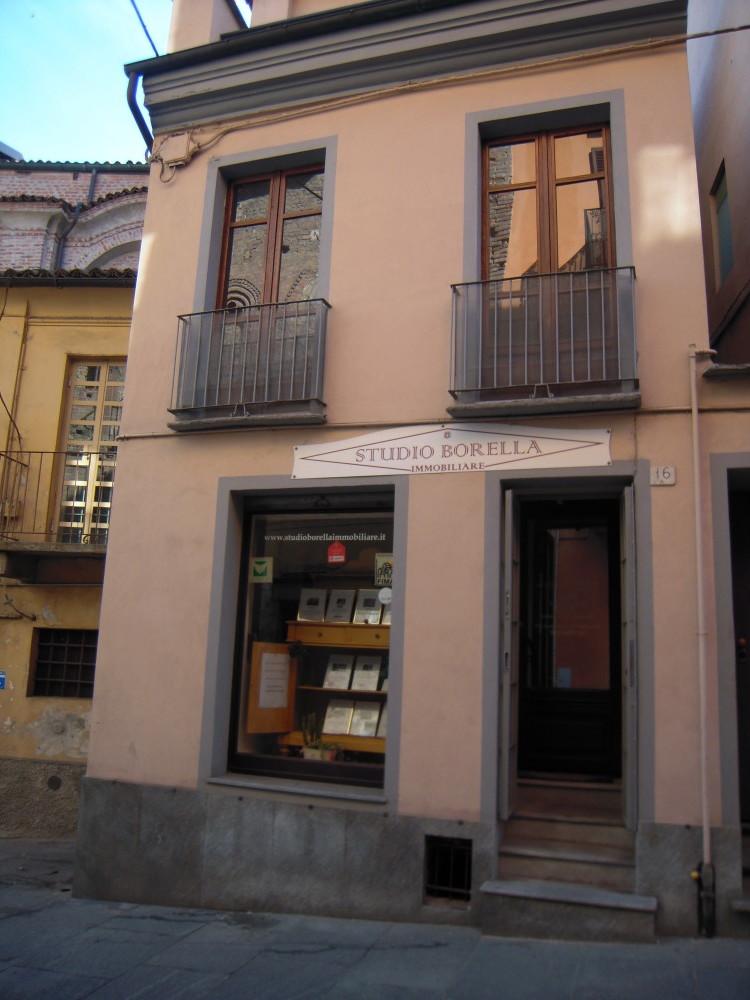 Studio borella immobiliare case e immobili in vendita o for Studio affitto roma